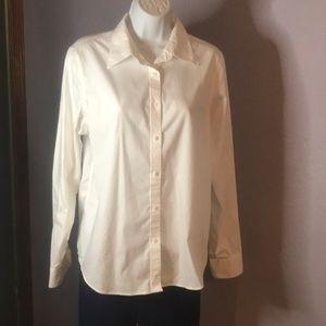 EUC Essential Classic Lauren White LS Shirt